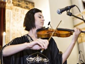 El Saffron violinist