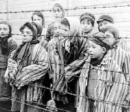 2. VK Børn bag pigtråd