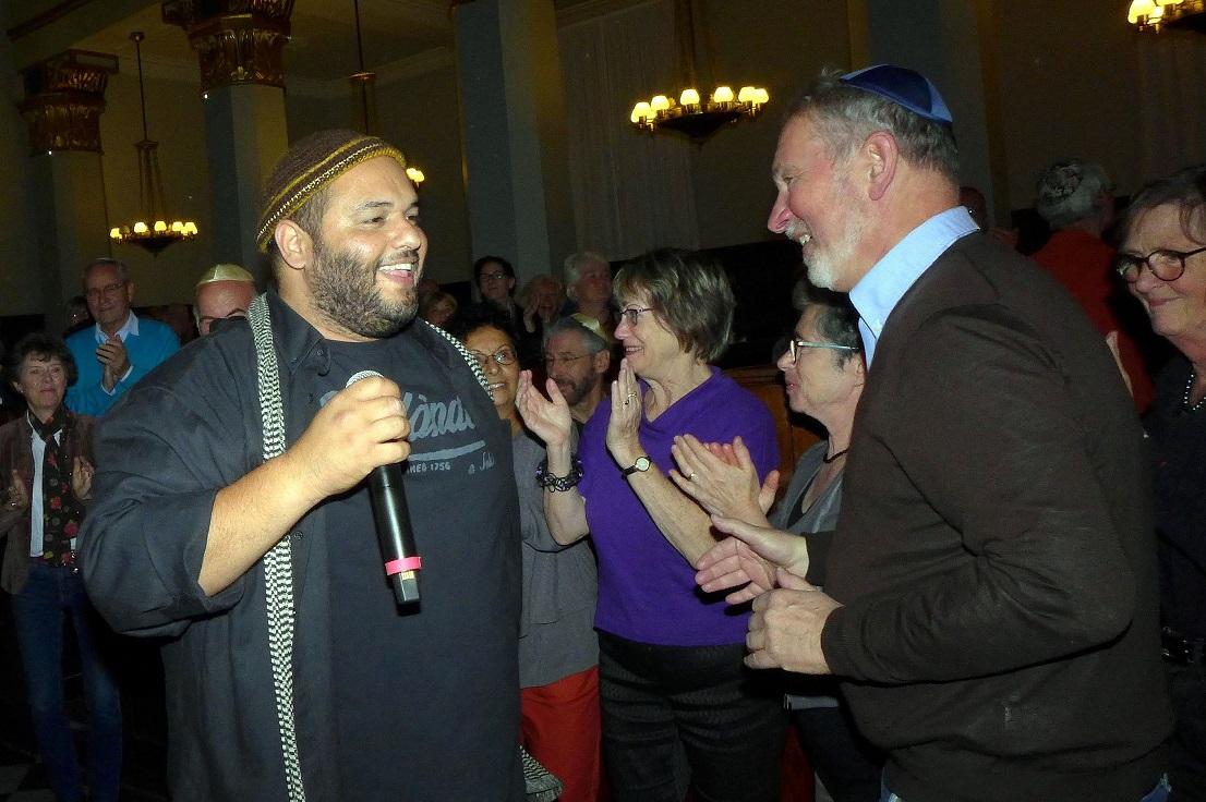Shai Tsabari er nede blandt publikum