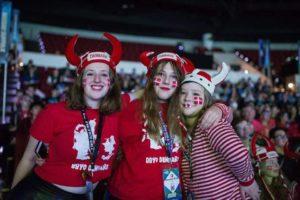 medlemmer af Jødisk Ungdoms København deltager i en international konference for unge jøder i hele verden.